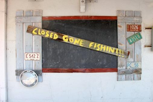 closed-315859_960_720