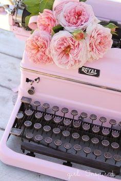 0typewriter.jpg